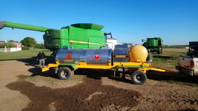 Acoplado de 2 ejes de 5 mil litros agrícola