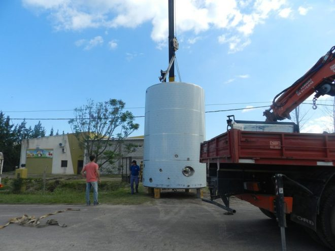 Silo para leche 40.000 - Lacteos Valle del Carmen Benvenutti - Reconquista